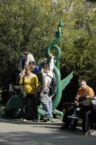 Sérült Gyermekek Napja szobor